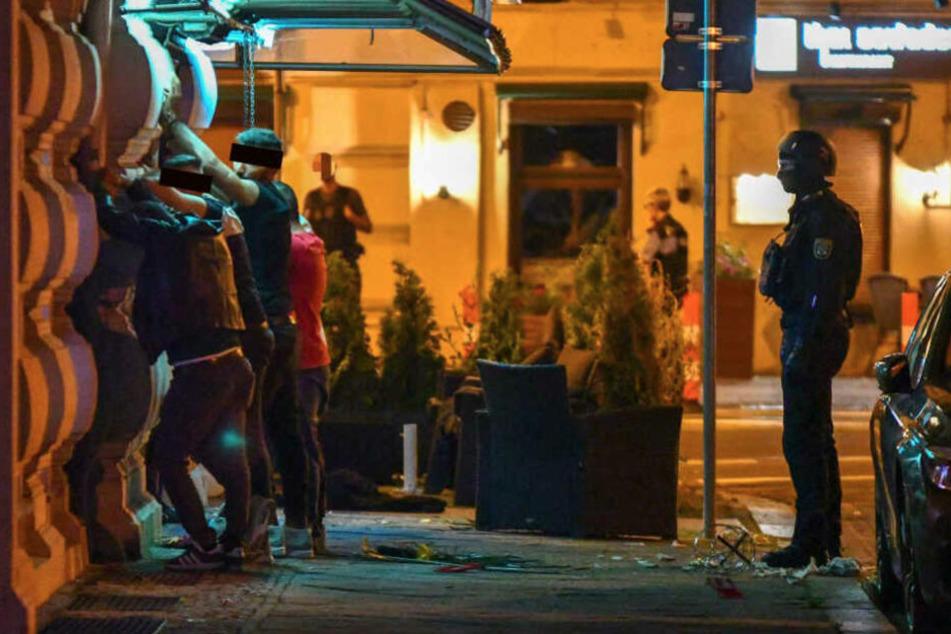 In Magdeburg müssen sich ab Freitag vier Männer wegen Überfalls auf eine Shisha-Bar verantworten.