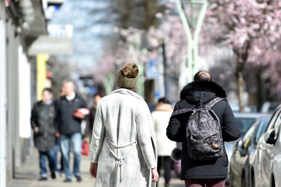 Er kostet nichts, ist gesund und kann spontan unternommen werden: Der Spaziergang. Seit der Corona-Pandemie ist das Flanieren und Schlendern verstärkt im Trend.