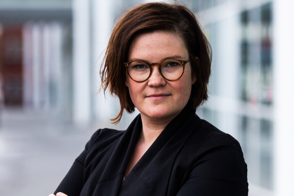 Sie soll die drei Linksaktivistinnen vorbereitet und in die Sendungen gebracht haben: die vom Hamburger Verfassungsschutz beobachtete und als linksextremistisch eingestufte Emily Laquer (34). (Archivfoto)