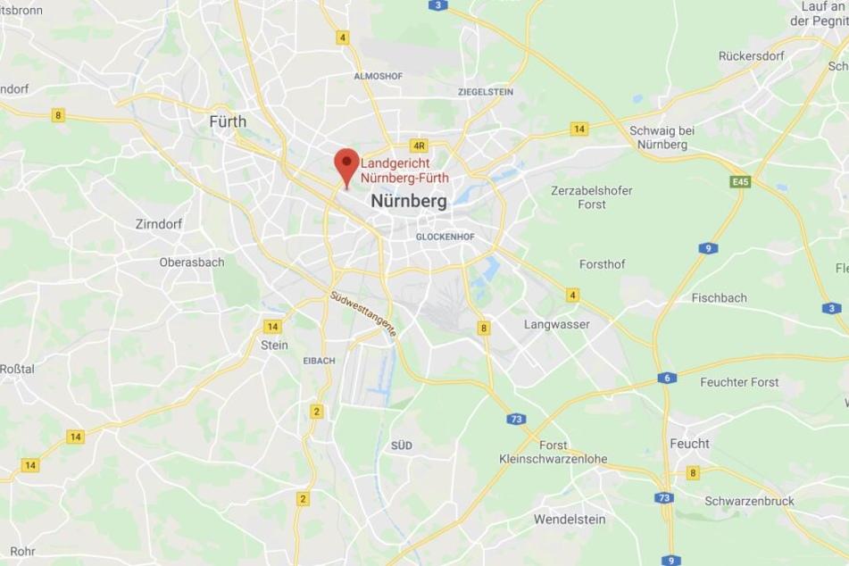 Vor dem Landgericht Nürnberg-Fürth muss sich ein Mann verantworten.