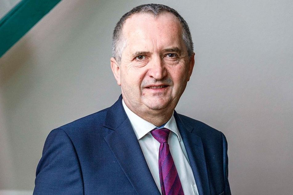 Umweltminister Thomas Schmidt (57, CDU).