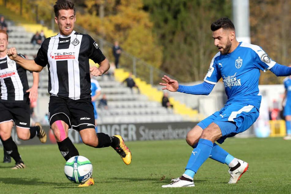 In der ersten Halbzeit hatte der FC Carl Zeiss mehr vom Spiel. Der Gastgeber kam gestärkt aus der Kabine und drehte die Partie binnen 20 Minuten.