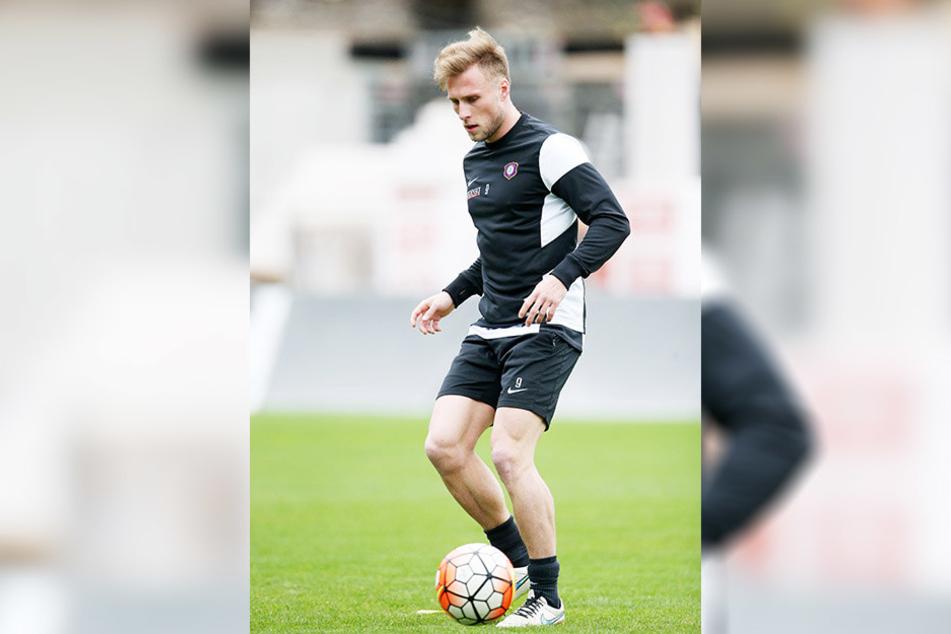 Max Wegner ist wieder am Ball und trainiert mit der Mannschaft.