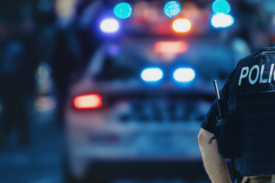 Schütze tötet mehrere Menschen bei Geburtstagsfeier