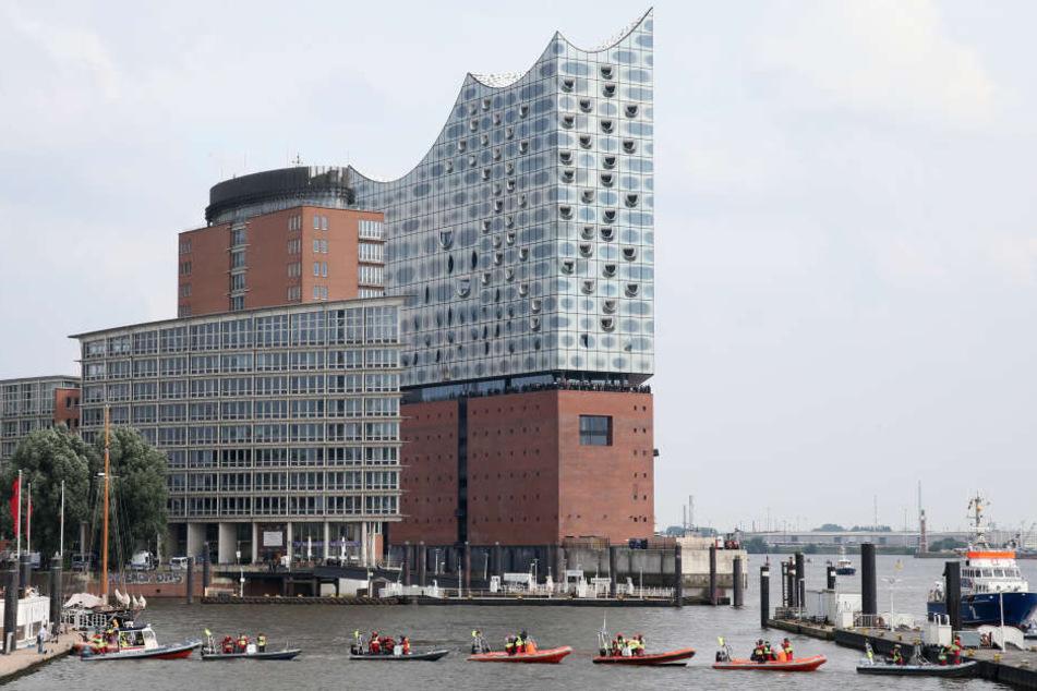 Die Elbphilharmonie hat Millionen in neun Jahren Bauzeit verschlungen.