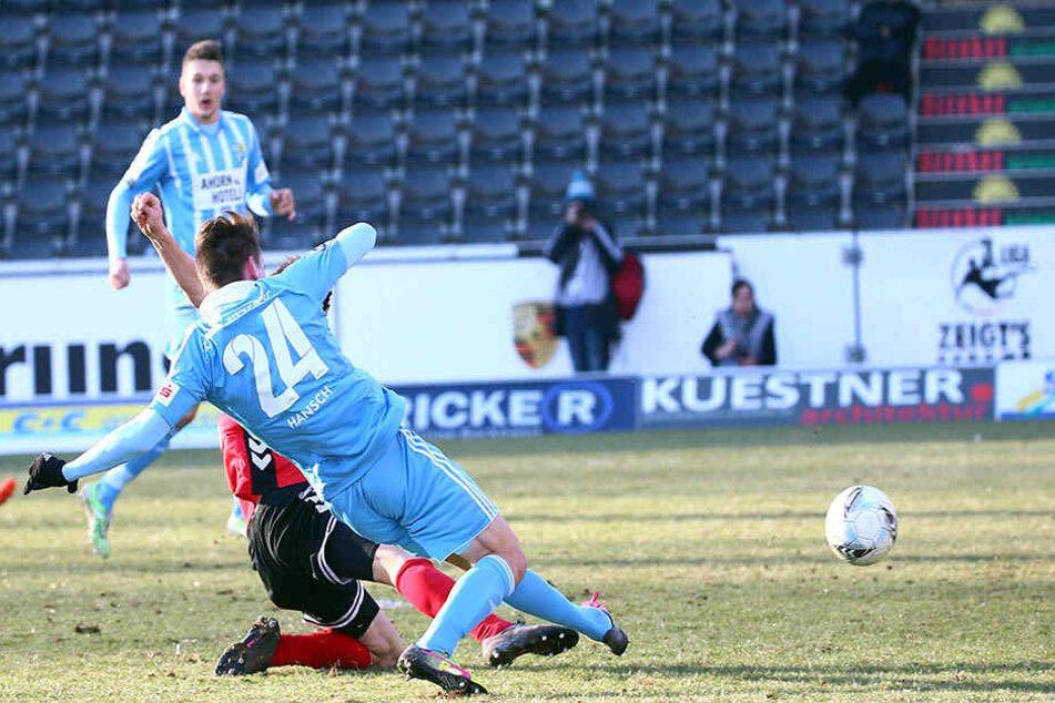 Florian Hansch hofft am Freitag auf sein erstes Tor vor heimischer Kulisse.Hier trifft er zum 2:2-Endstand.