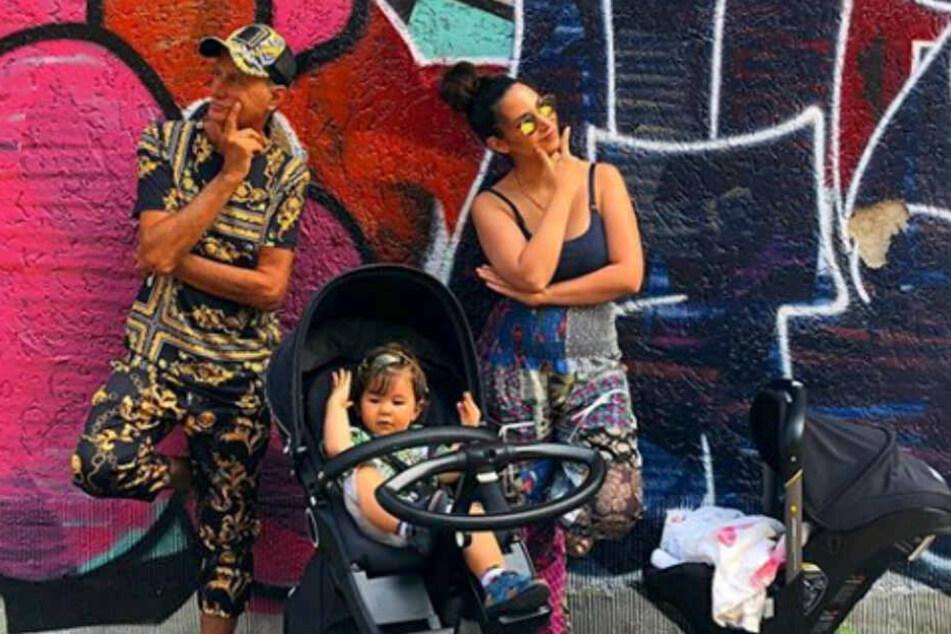 Die coolen Vier vom Spielplatz: Sila Sahin mit ihrem Vater und ihren beiden Kinder.