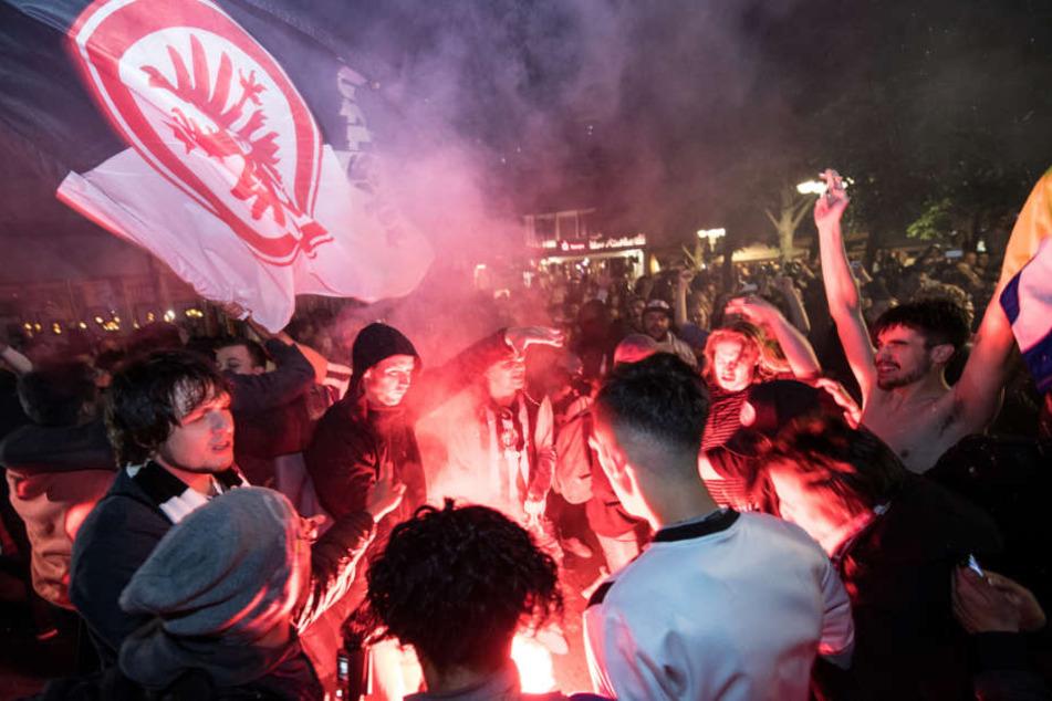 Die Freude der Eintracht-Fans war grenzenlos.