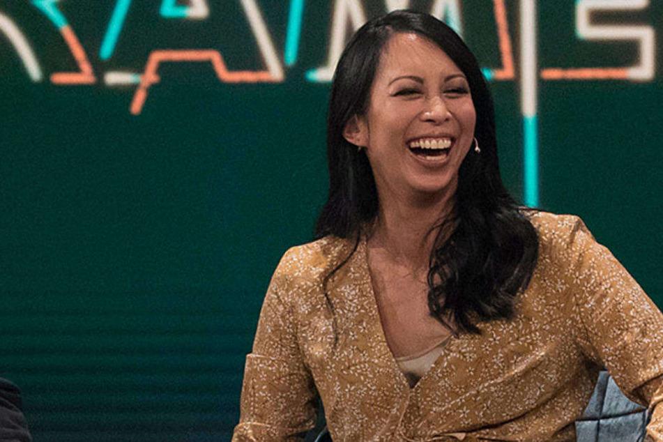 "Minh-Khai Phan-Thi sitzt am Sonntagabend in der WDR-Show ""Geheimniskrämer""."