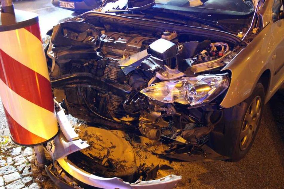 Zum Unfallhergang liegen derzeit noch keine Informationen vor.