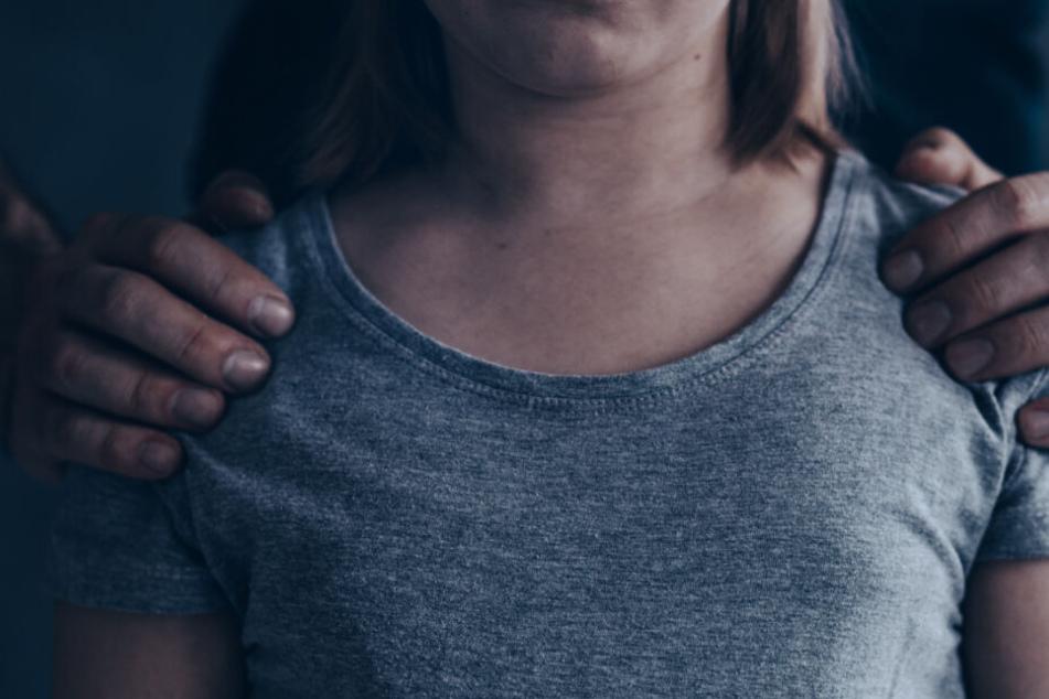 Vergewaltigung, Menschenhandel: Vier Männer müssen vor Gericht!