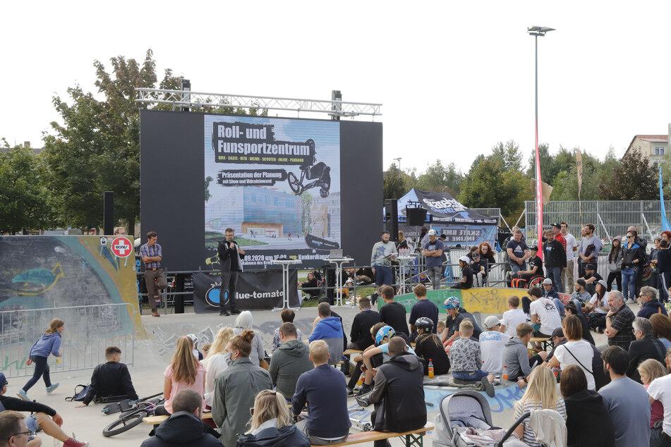 Die Präsentation der Skate-Hallen-Planungen im Konkordiapark stieß auf reges Interesse bei Fun-Sportlern.