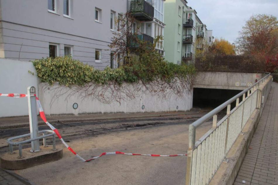 Auch in der Tiefgarage auf der Kötzschenbroder Straße wurden reichlich Spuren gesichert.