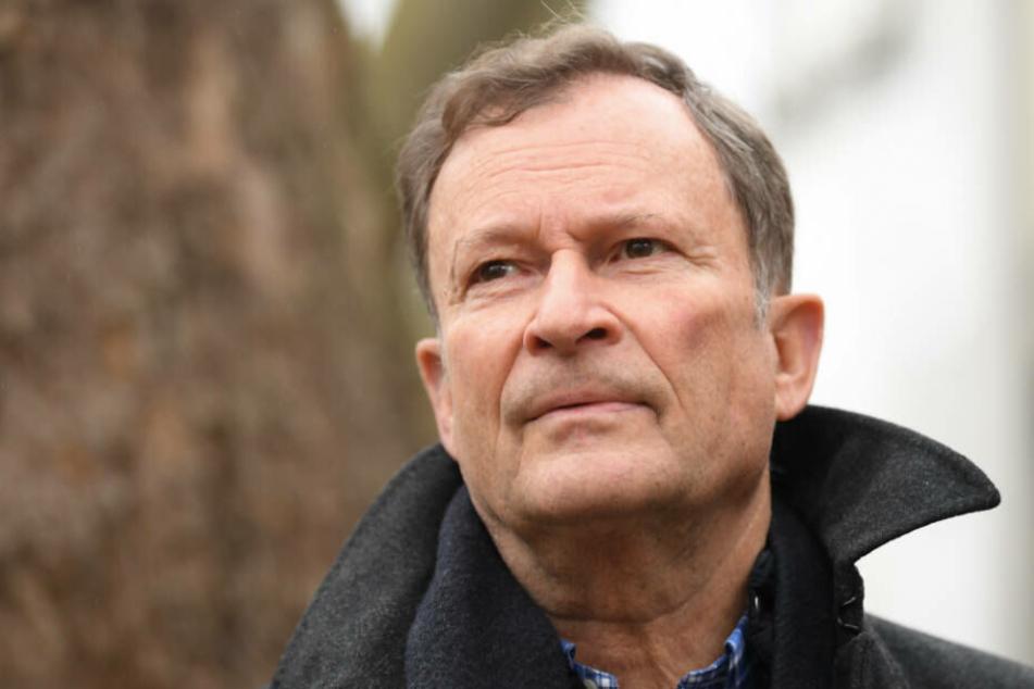 """Das Spiel ist fairer geworden"", sagt DFB-Sportrichter Hans E. Lorenz."