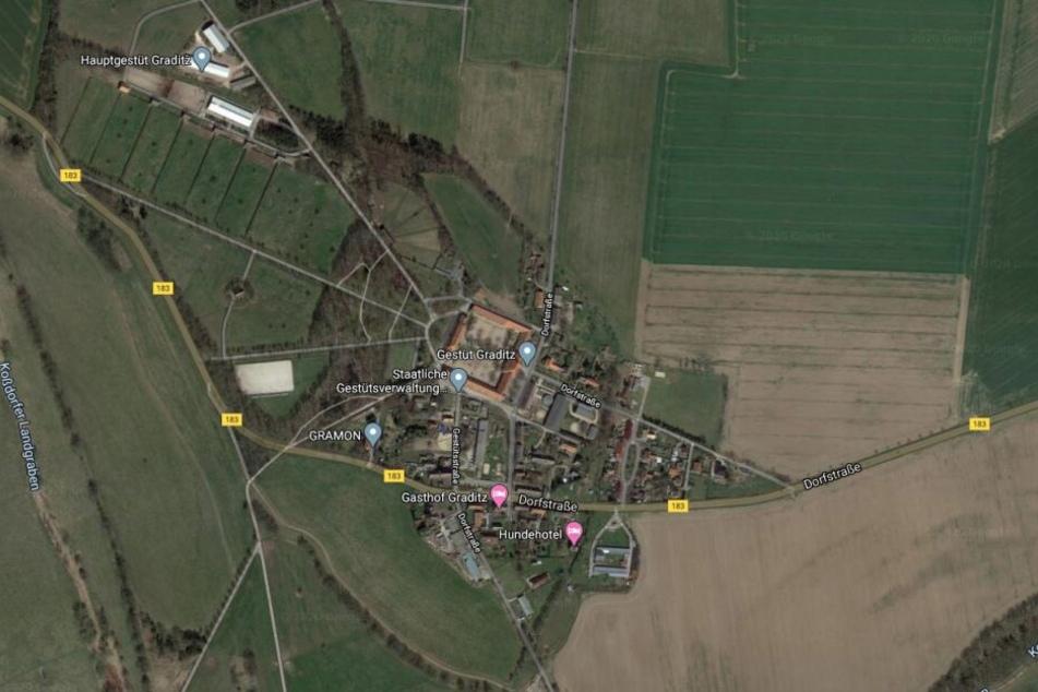 Der Unfall passierte in einer Linkskurve bei Graditz in Torgau.