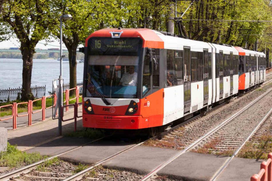 Schwitzkasten KVB: So lange müssen Fahrgäste noch ohne Klimaanlage ausharren