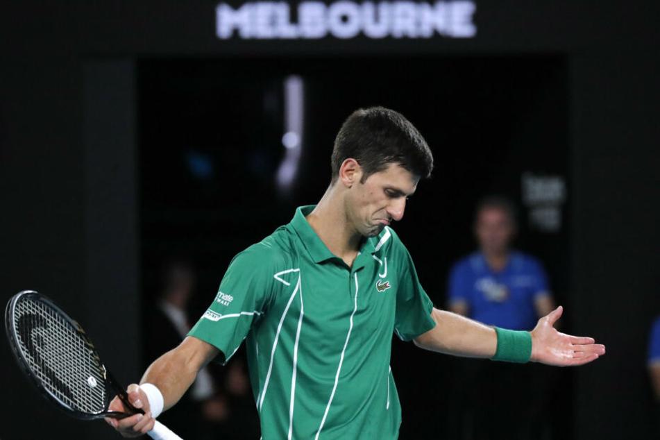 Novak Djokovic verzweifelte zeitweise, musste einen 1:2-Satzrückstand aufholen und siegte am Ende doch.