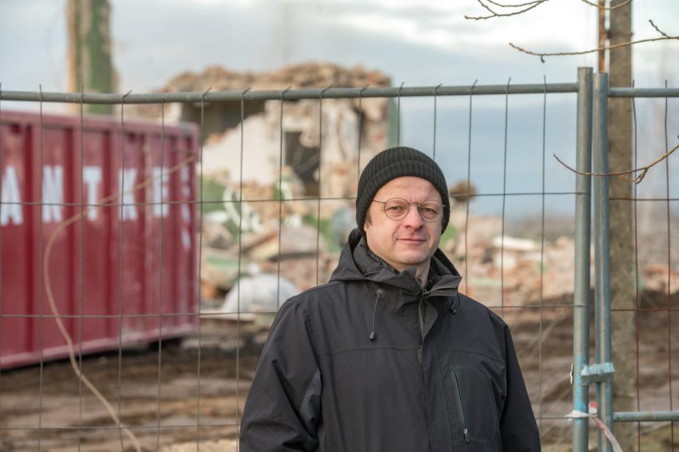 """Patrick Wagner (52) forscht seit Jahren zum """"Grünen Turm"""" und dem Richtfunknetz der SED."""