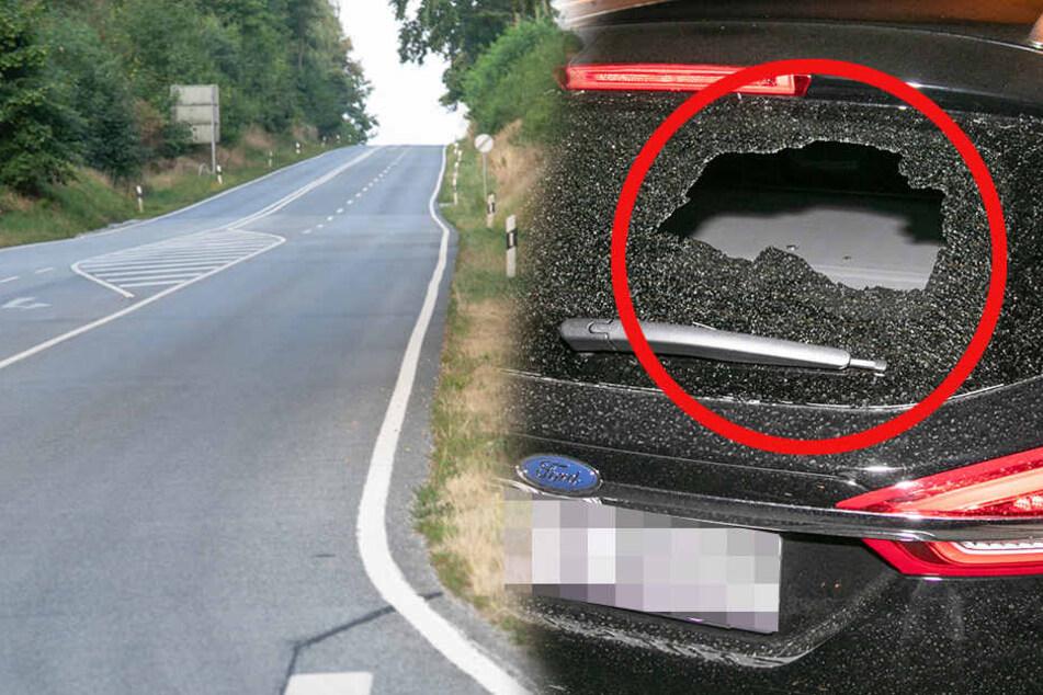 Hier am Löwenberg wurden die Autos von den Kugeln getroffen. In einem Ford schlug eine Kugel in der Heckscheibe ein.
