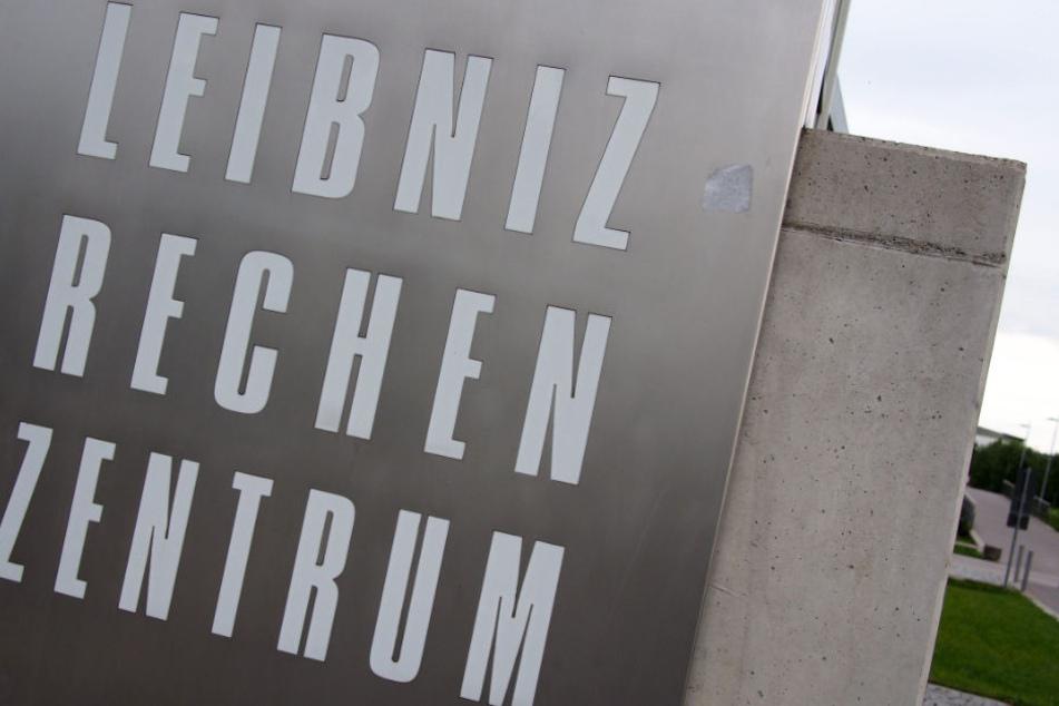 Der neue Höchstleistungsrechner geht am Leibniz-Rechenzentrum in Garching in Betrieb.