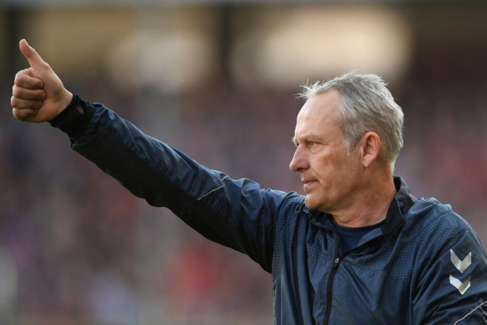 """SCF-Trainer Christian Streich (53) lobte RB Leipzig: """"Es ist sehr gut für unser Land, dass eine Stadt im Osten in der Bundesliga vertreten und erfolgreich ist, weil wir noch genug Grenzen in unseren Köpfen haben."""""""