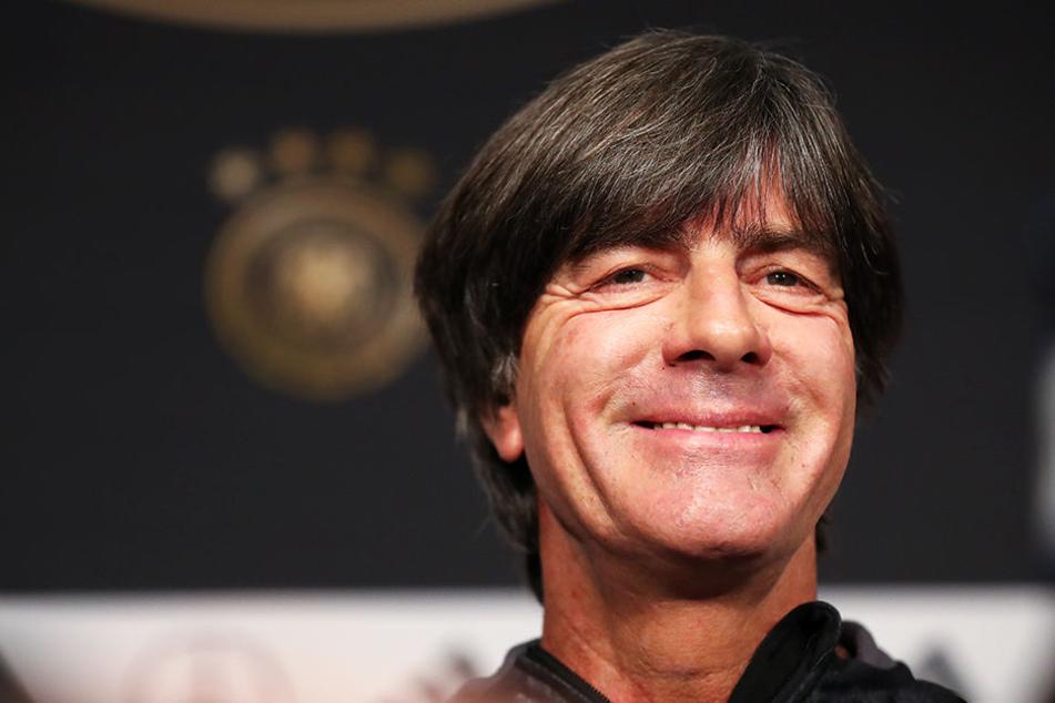 Kann sich über machbare Aufhaben und ein attraktive Duelle mit den Niederlanden freuen: Bundestrainer Joachim Löw.