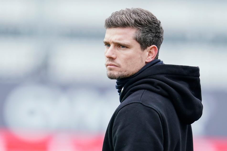 Nürnbergs Trainer Robert Klauß (36) hat eine klare Meinung zur Idee einer Super League. (Archivbild)