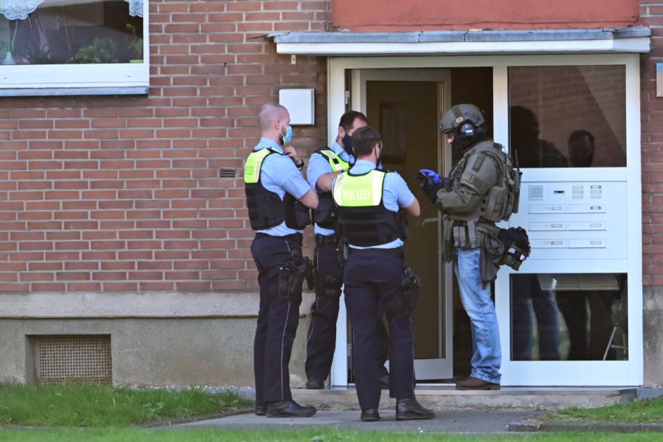 Frau schwer misshandelt, verdächtiger Ehemann von Polizei gefasst