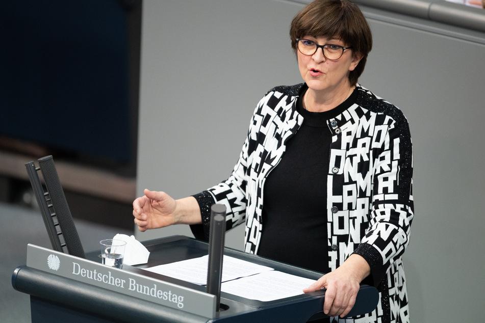 Die SPD-Bundesvorsitzende Saskia Esken (59) will nicht mehr mit der CDU koalieren.