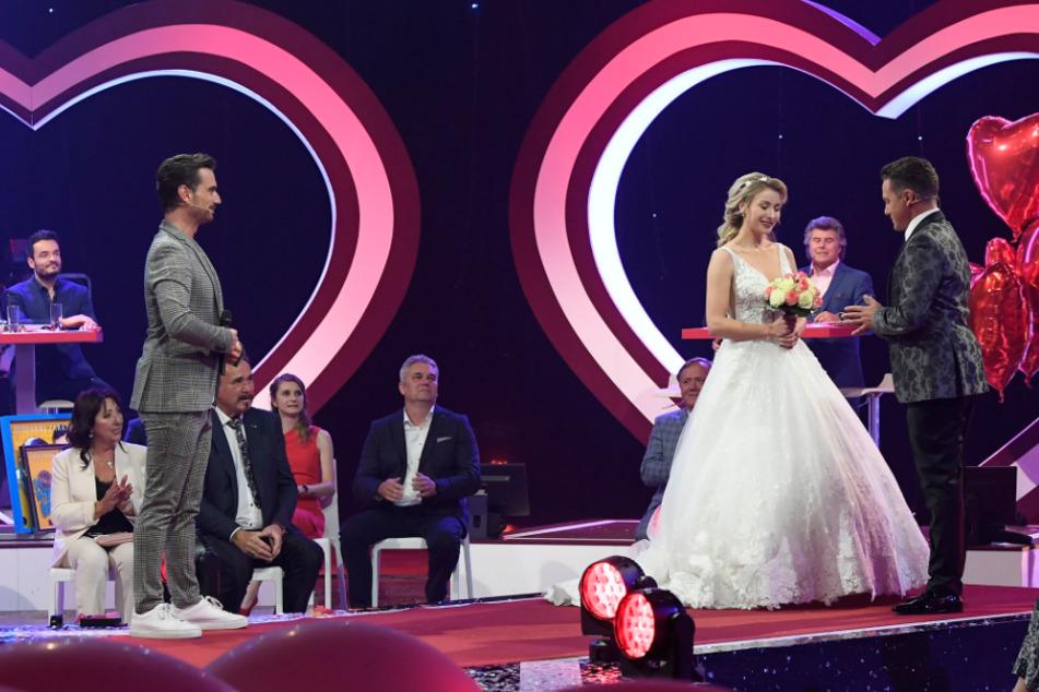 Stefan Mross und seine Anna-Carina total verliebt: So lief die Hochzeit im Live-TV