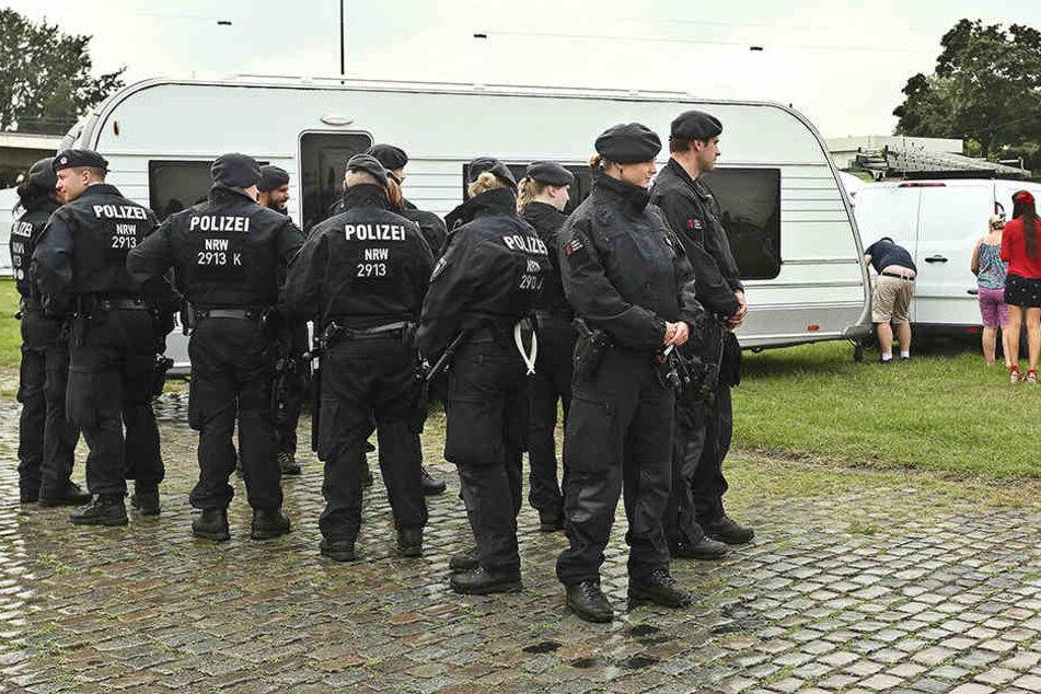Die Polizei hatte in Paderborn nur wenig zu tun. Anders sah es in Iserlohn und Düsseldorf aus.