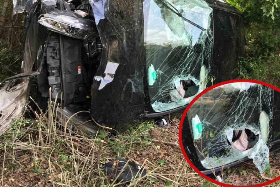 Berlin: Heftiger Unfall: Auto schießt über Leitplanke und überschlägt sich
