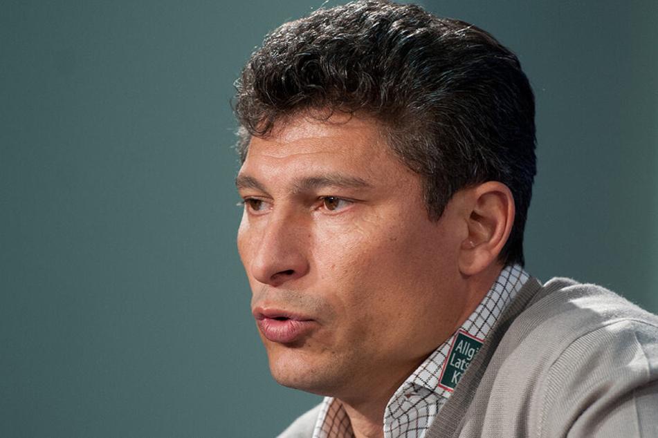 Bulgarien-Trainer Krassimir Balakov hat seine eigene Sicht der Dinge.