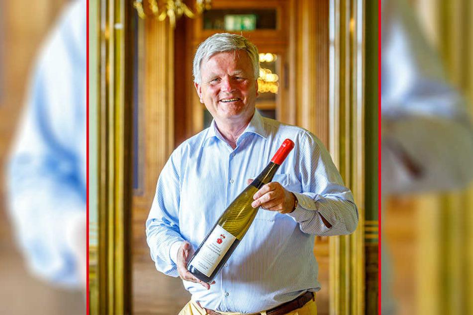 Georg Prinz zur Lippe hat zum Jubiläum einen limitierten Schlössernacht-Weißwein aufgelegt.