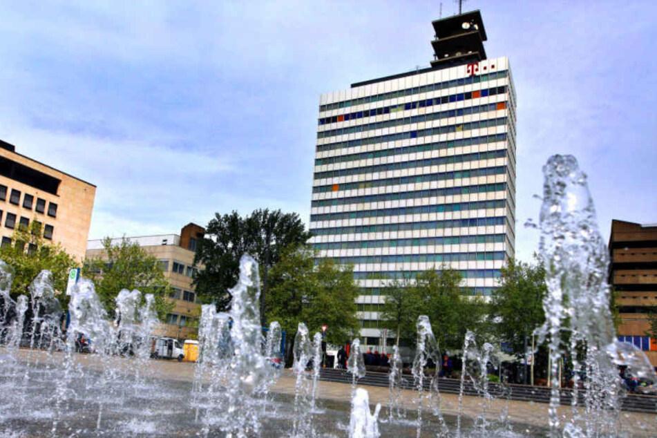 Das Telekom-Hochhaus soll zum Hotel werden.