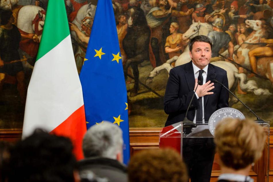 Renzi bei seiner Rede im Palazzp Chigi in Rom.