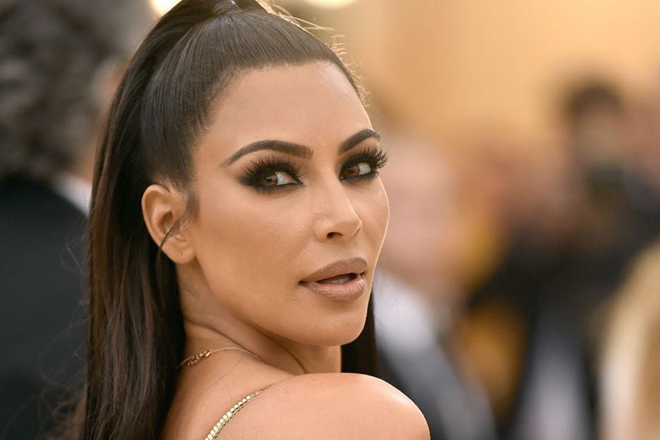 Kim Kardashian kann's einfach nicht lassen.