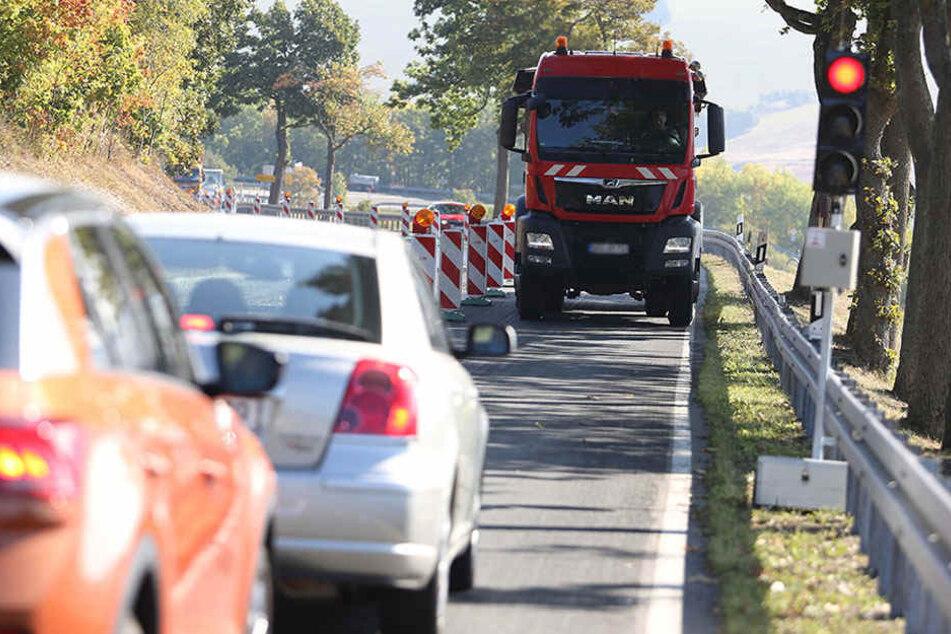 Nerv-Baustelle im Erzgebirge bleibt noch bis November!