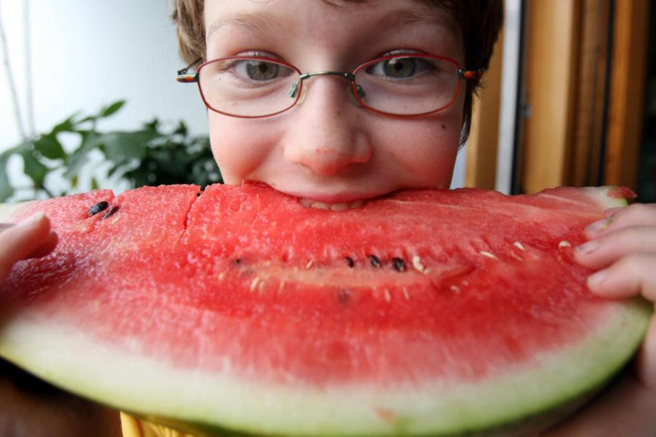 Alles richtig gemacht! So eine Wassermelone ist im Sommer der perfekte Snack!