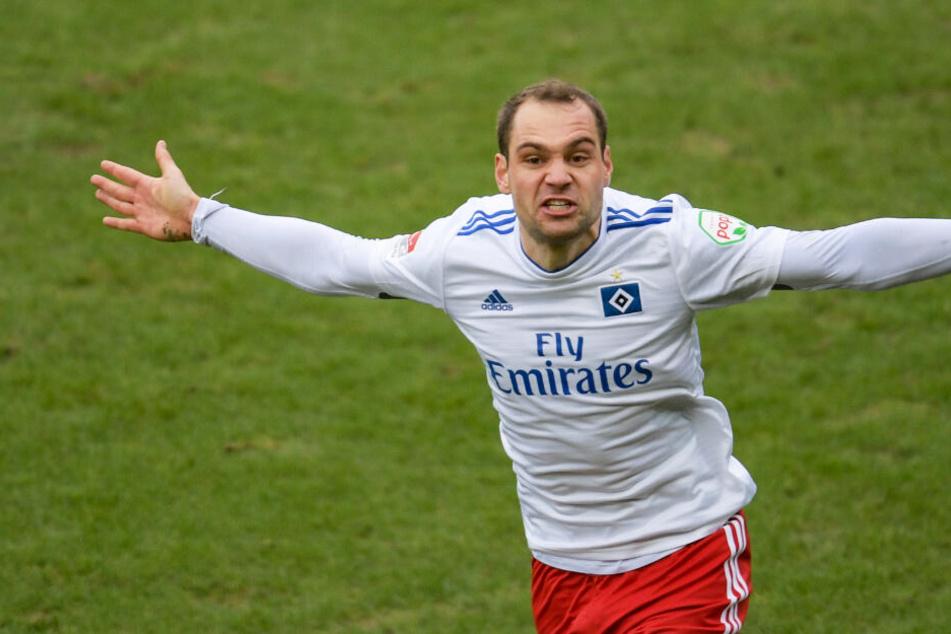 Pierre-Michel Lasogga schoss den HSV in der ersten Halbzeit in Führung.
