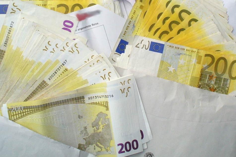 Knapp 23.000 Euro hatte der Geistliche bei sich.