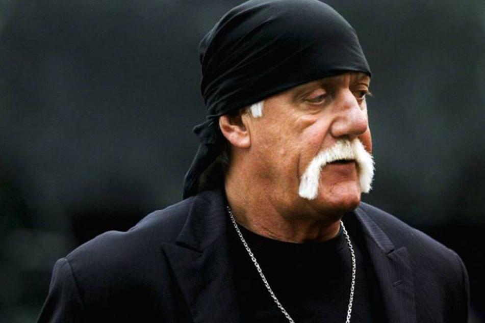 Der fiese Diebstahl wird Wrestler Hulk Hogan (63) wohl alles andere als freuen.
