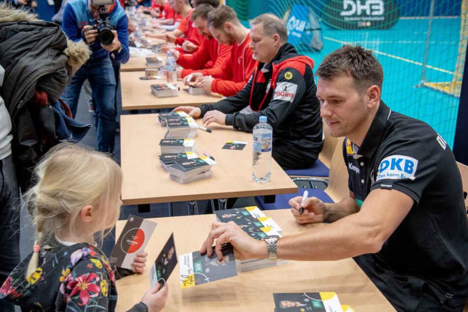 DHB-Auswahl-Coach Christian Prokop beim öffentlichen Training am Dienstag in Berlin.