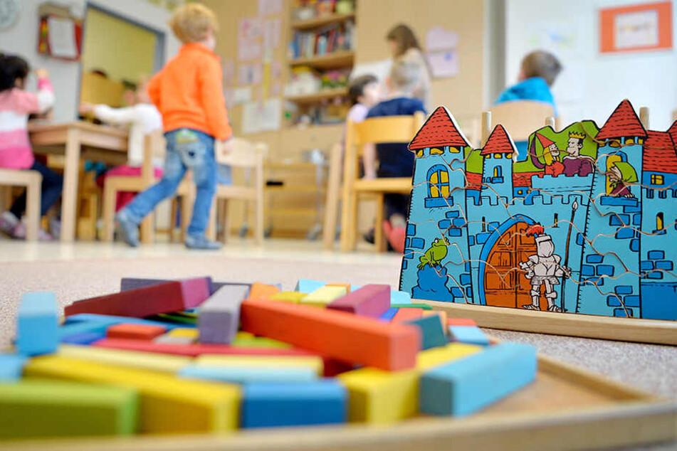 Experten fordern 8000 zusätzliche Erzieher für Thüringens Kitas.