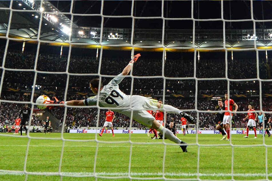 Im April spielte die Eintracht noch im Viertelfinale der Euro League gegen Vlachodimos und Benfica Lissabon.