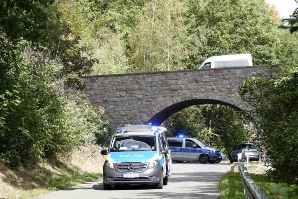 Bei dieser Unterführung unter der A72 geschah der Unfall.