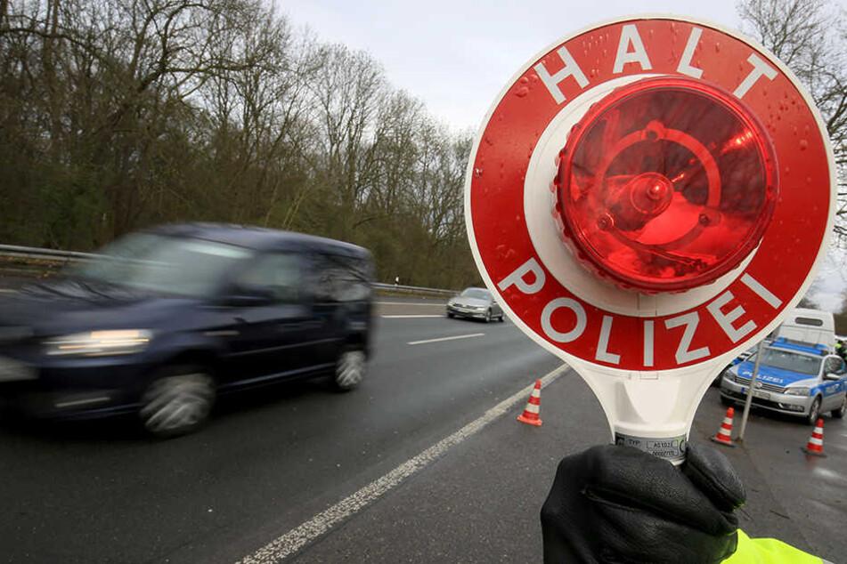 Die Täter flüchteten bei der Verkehrskontrolle. (Symbolbild)