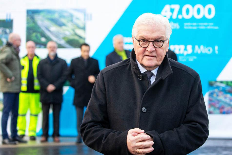 Hoher Besuch: Bundespräsident Frank-Walter Steinmeier (64, SPD) nimmt an der Gedenkveranstaltung und der Menschenkette teil.