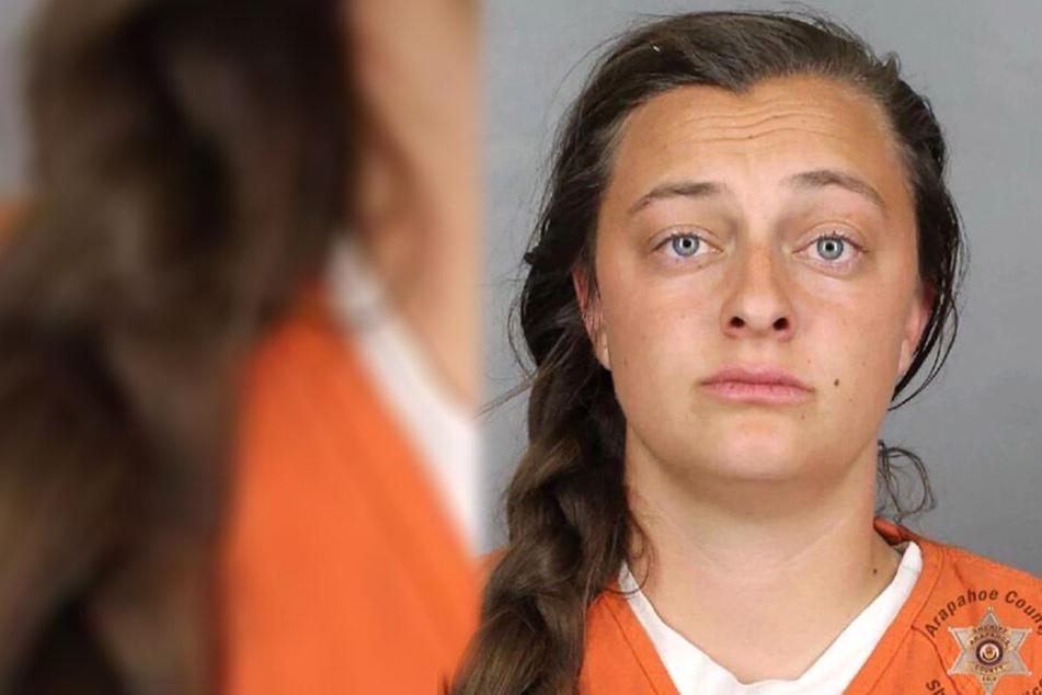 Weil Sarah Elise Porter (16) einem Jugendlichen sexuelle Avancen machte und ihn bedrängte, sitzt sie nun im Arapahoe County Sheriff's Office ein.