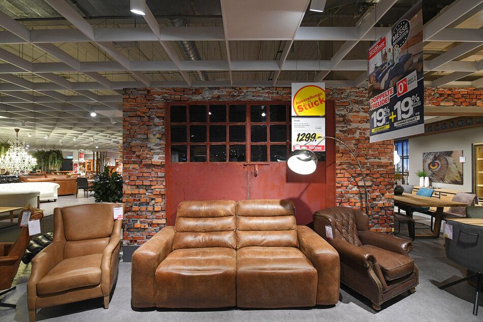 Bis Sonntag (7.3.) läuft bei Möbelkette ein riesiger Abverkauf: bis 70% Rabatt!
